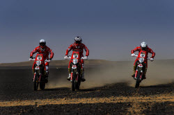 Multinational energy company HIMOINSA announces its arrival at Dakar 2015 with its own team